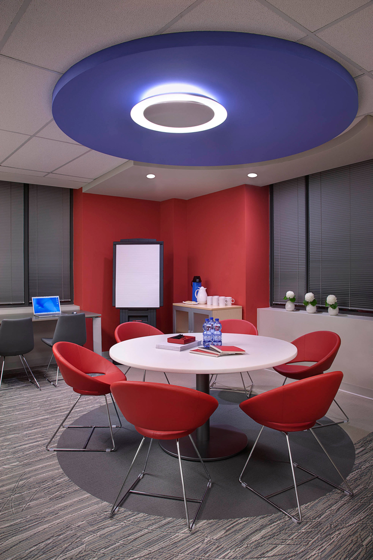 Corporate-Interior-Meeting-space-plan-w