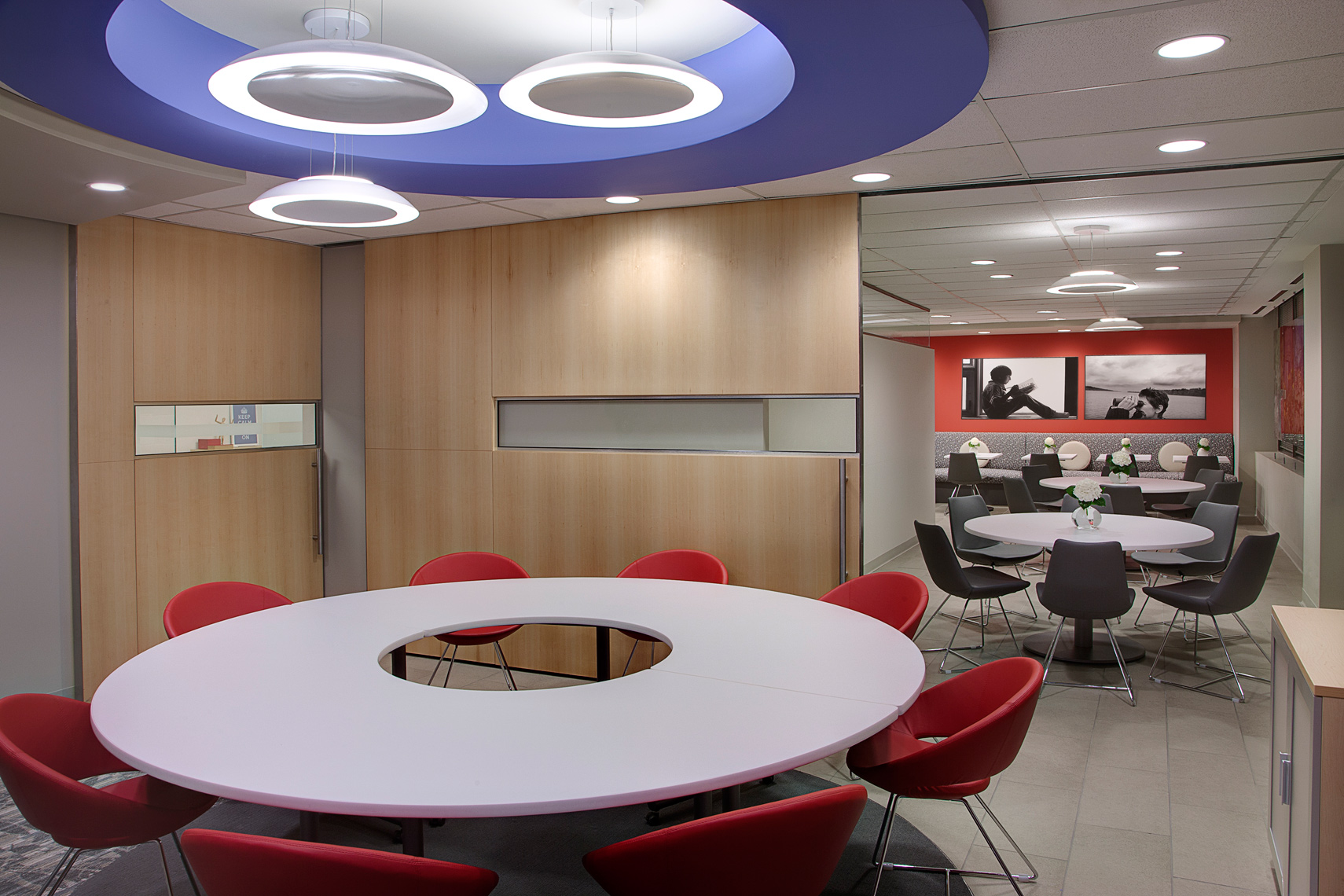 Corporate-Interior-multi-Boardroom-tril-w