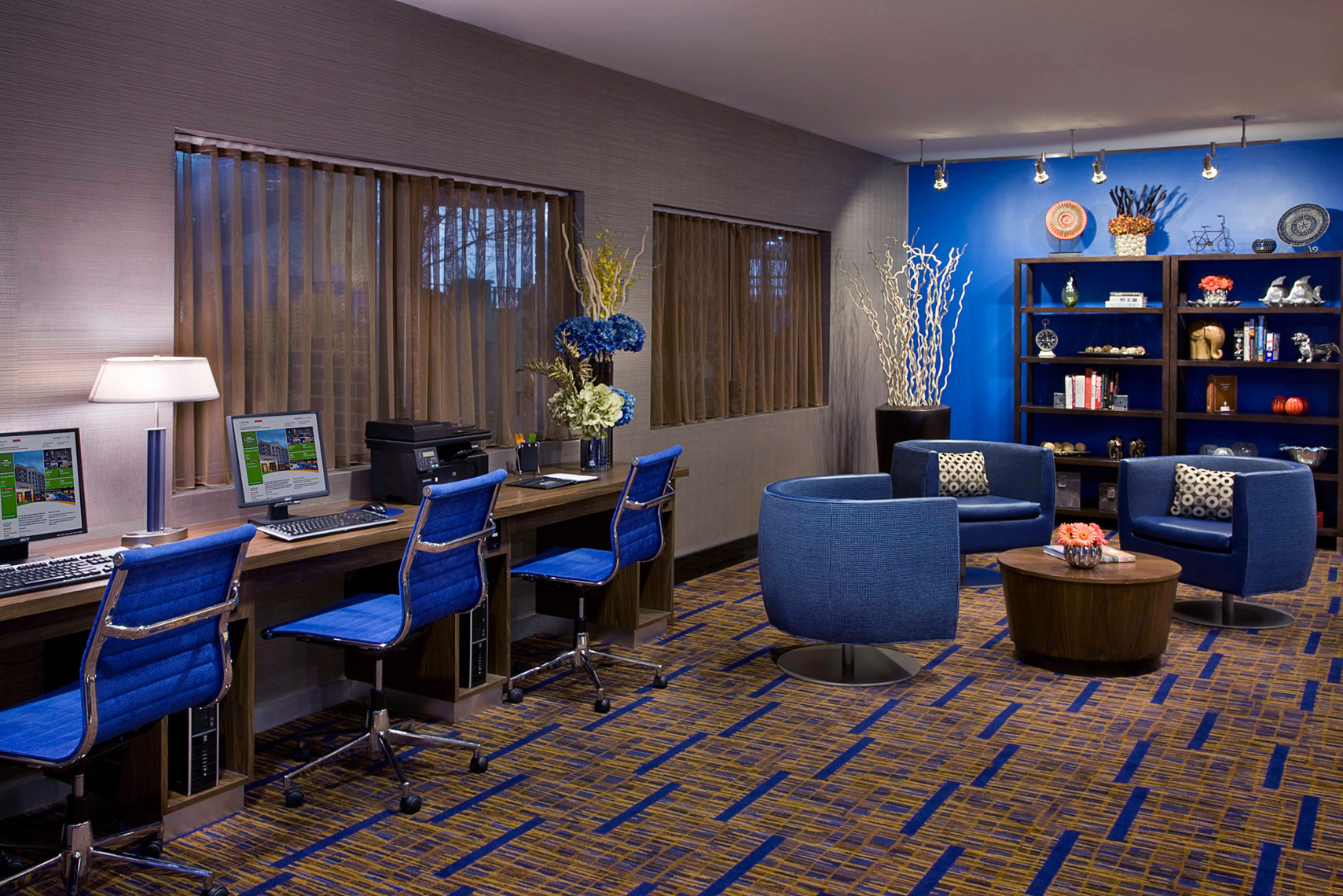 Hospitality-Hotel-Marriott-Courtyard-Busness-Library