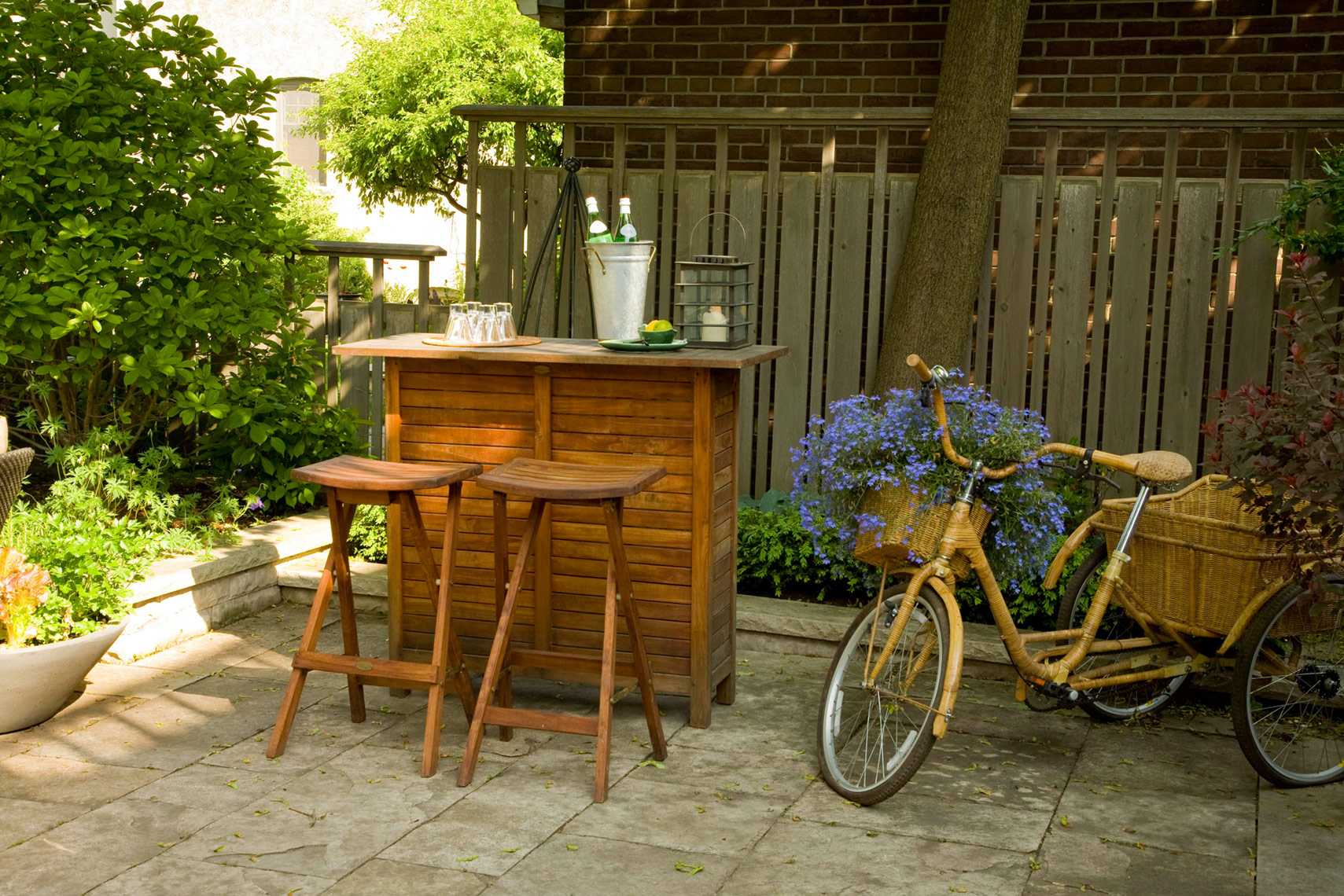 Residential-Exterior-bar-bike